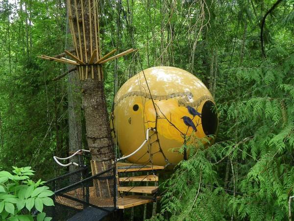 Free Spirit Spheres, British Columbia, Canada