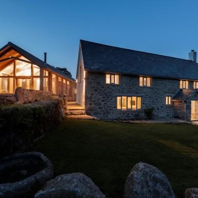 Longhorn Farm exterior (c) Unique Home Stays