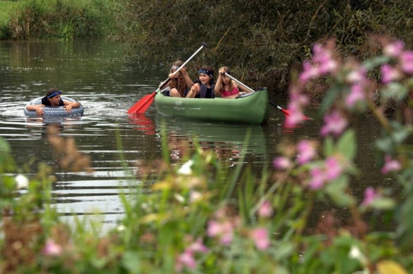 canoeing on River Ouse, Sussex (c) www.wildswimming.co.uk
