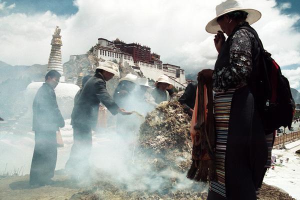 touring Tibet (Frontier)