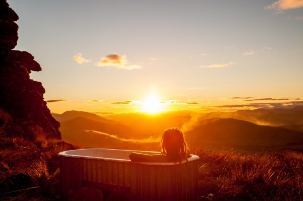 hot tub on Welcome Rock, New Zealand