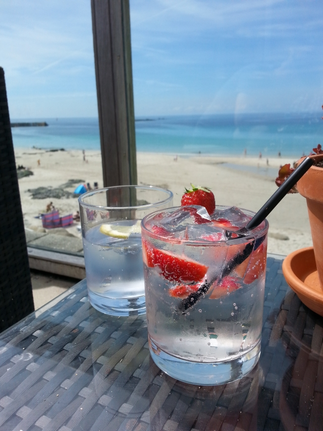 10 Cornwall spots to eat and drink with a sea view