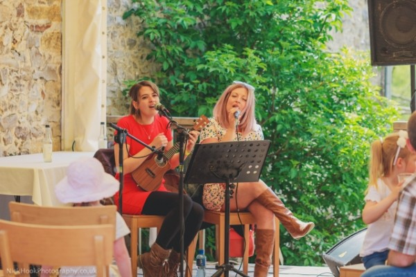 live music at River Cottage Fair (Nick Hook Photography)