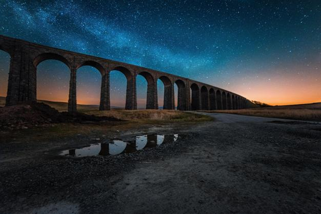 Dark sky at Ribblehead viaduct (photo by Matthew Savage)