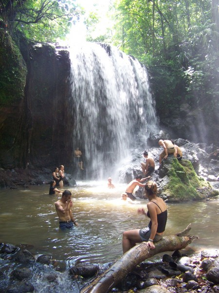 cooling-off in Costa Rica (c) Sarah Jackson