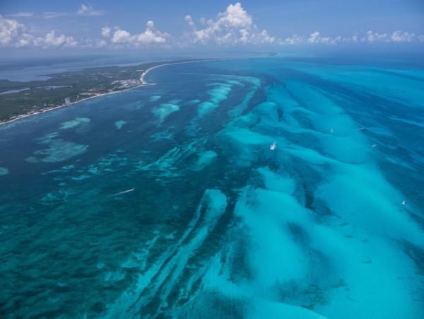 Aerial_Reefs_Caribbean_Mexico_(c)_Dr_Simon_Pierce_AQUA-FIRMA