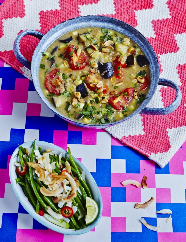 Cook up a superfood curry with Hemsley + Hemsley